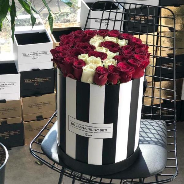 Zebra Desing Ş Harf Yuvarlak Kutu Gül Billionaire Roses