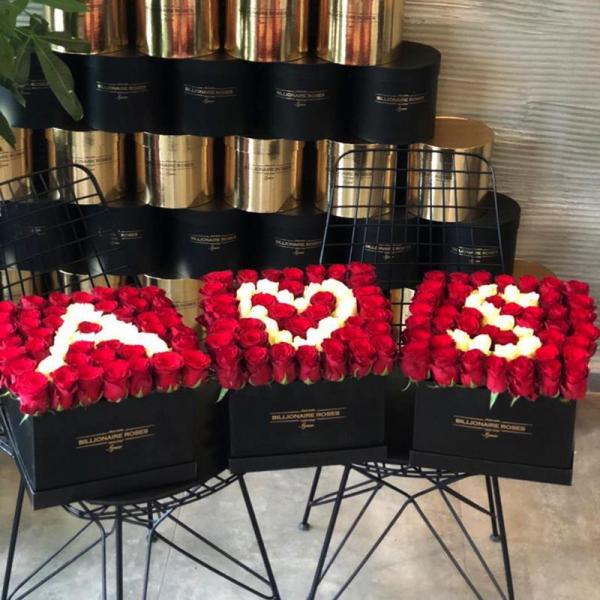 Billionaire Roses Özel Tasarım Kutu Gül Ürünler Evlilik